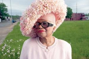 black-woman-church-hat